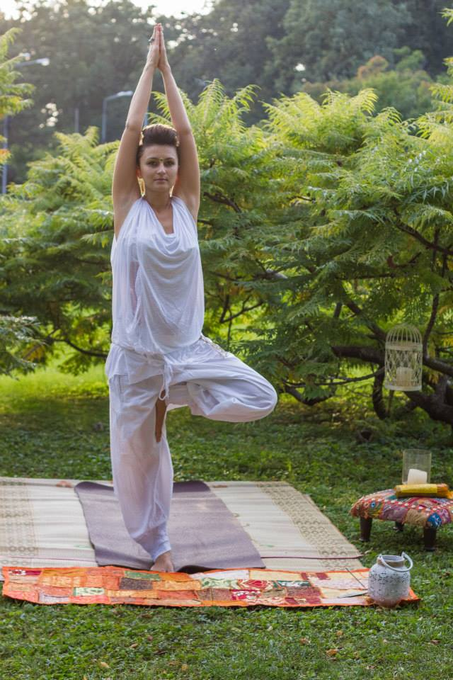 Veronica Constantinescu__nirvana yoga