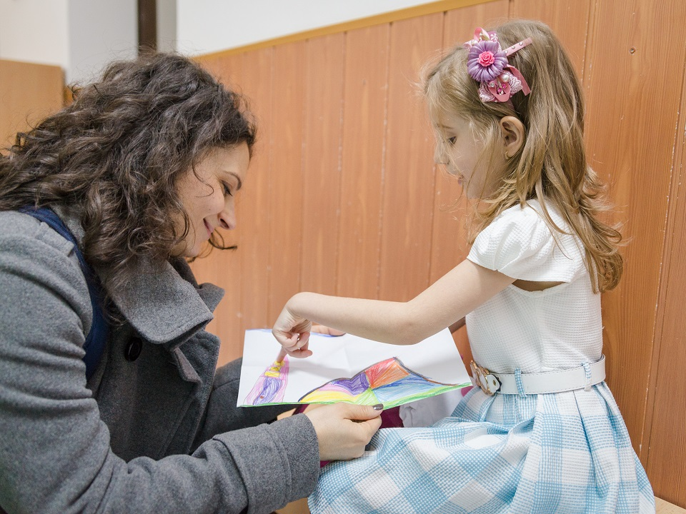 Mamica Urbana_inscrierea la scoala