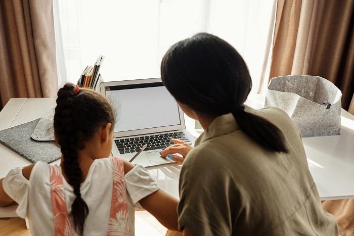 tehnologie_educație conectată